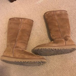 Shoes - Classic tall UGG boots